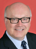 Official portrait of George Brandis